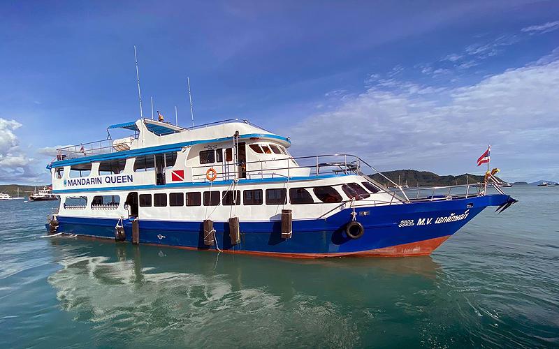 タイ プーケット ダイビング ボートチャーター